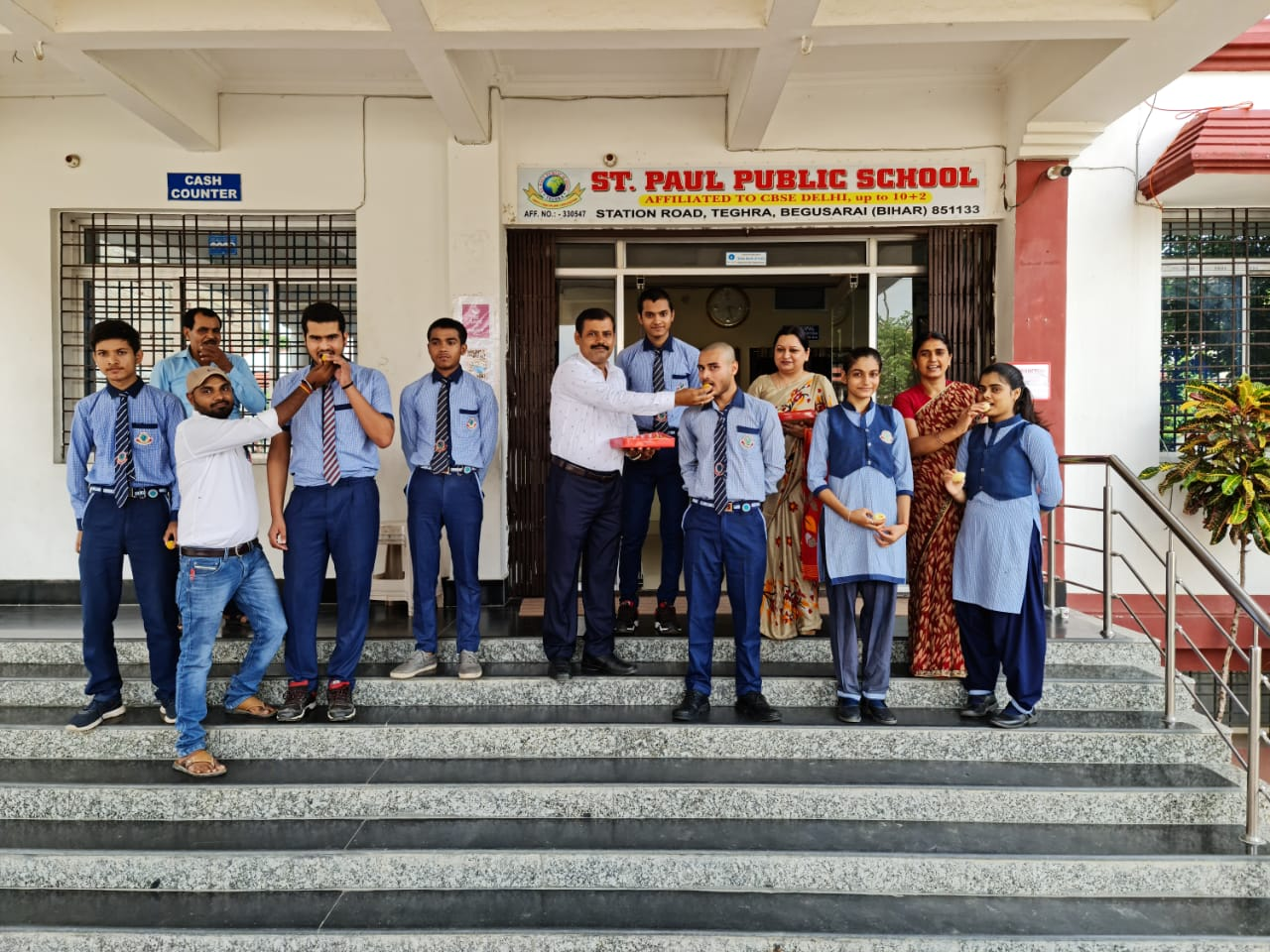 10th topper student photo